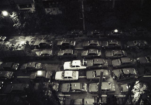 20일 밤 광주 지역 택시운전사들이 택시 200여대의 전조등을 켠 채 금남로 방향으로 차량시위를 하고 있다.