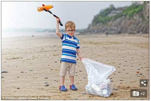 윌리암 모슬리(사진)는 이제 겨우 만으로 3살이지만 누구보다 환경을 생각하고 있다. 영국 데일리메일 홈페이지 캡처.