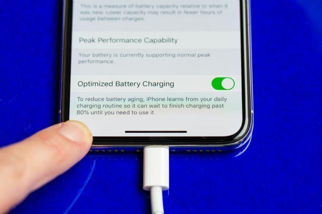 애플 iOS13의 '최적화된 배터리 충전' 기능
