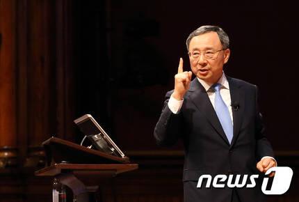황창규 KT 회장/뉴스1 © News1