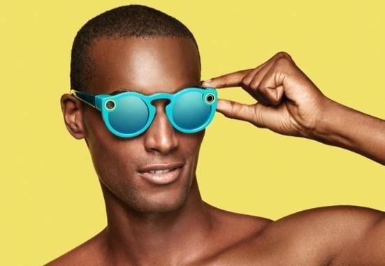 스냅이 지난해 11월 출시한 '스펙타클스(Spectacles)' / 스냅 제공