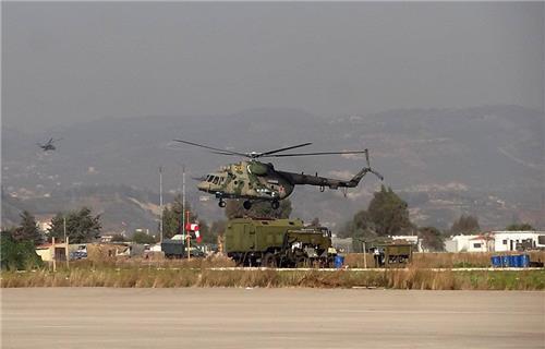 러시아 공군이 시리아 공습을 위해 이용하고 있는 현지 흐메이밈 공군기지 [리아노보스티=연합뉴스]