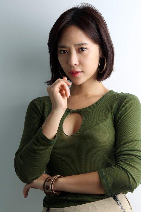 황정음 과거 김용준 열애 및 이영돈 이혼 위기