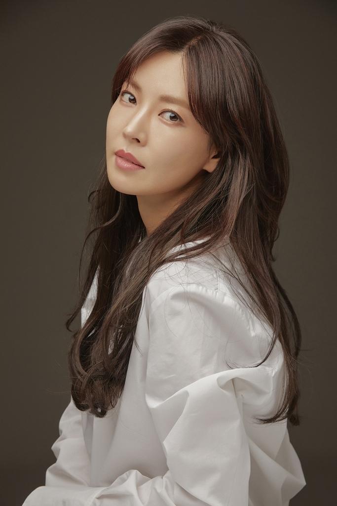 김소연, 대세 배우의 열일 행보…2021년 광고계도 접수