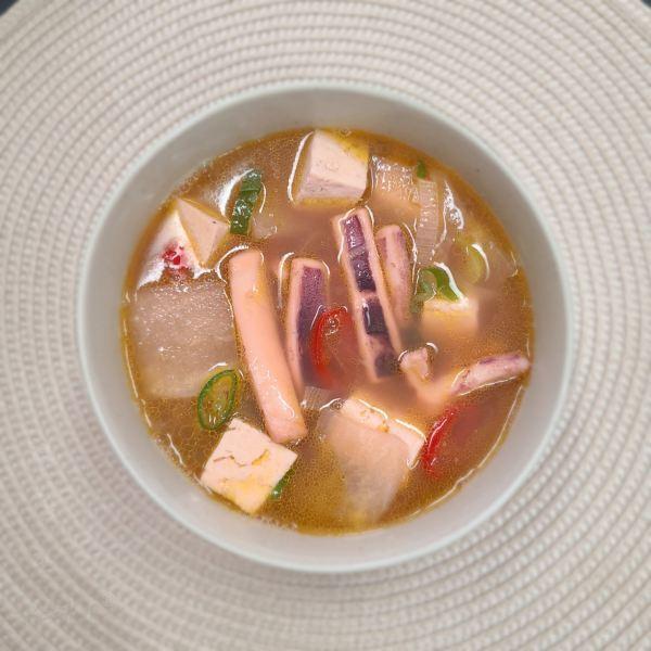백종원 오징어무국 끓이는 방법 간단하게 깊은맛 나는 맑은 오징어국