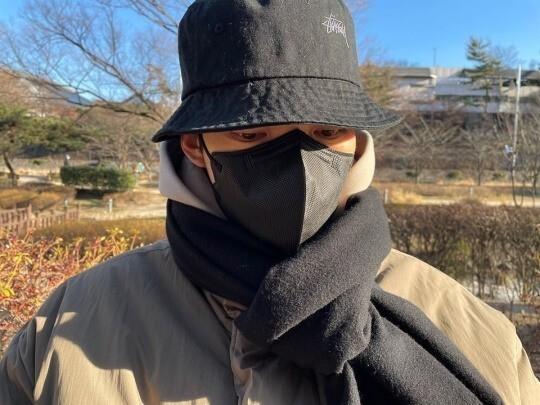 '신민아'김우빈, 다 가렸는데 왜 잘생겼지..훈훈한 인사