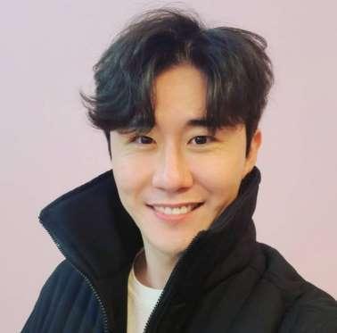 영탁, 팬들의 심장을 저격하는 훈남 비주얼…photo by 임영웅