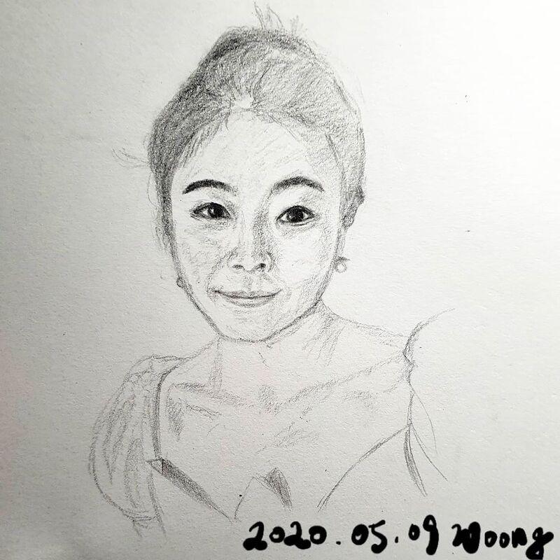2020.05.09. 여성 여자 초상화 스케치