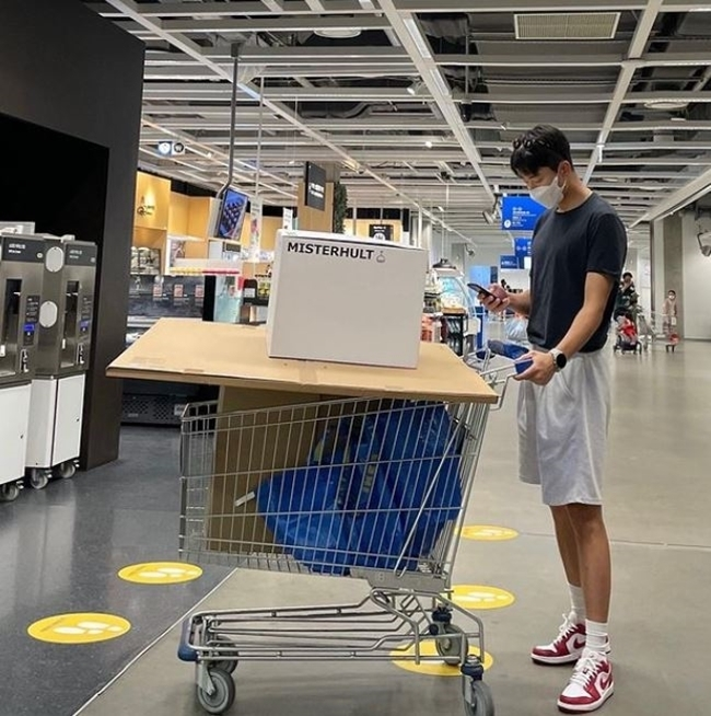 윤현민, 백진희가 찍어줬나? 긴 기럭지로 가구점 쇼핑 삼매경!!