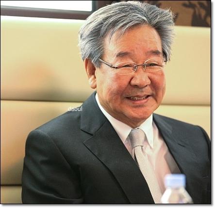 최불암 부인 김민자 부부생활과 나이차 재조명