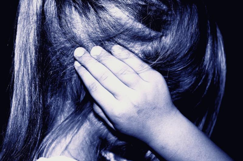 루카스 매거진 7차 후원 : 아동 학대와 성폭행을 자신 탓이라 말하는 아이