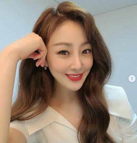 오나라 나이 프로필 인스타 결혼 남자친구 김도훈 직업 나이차