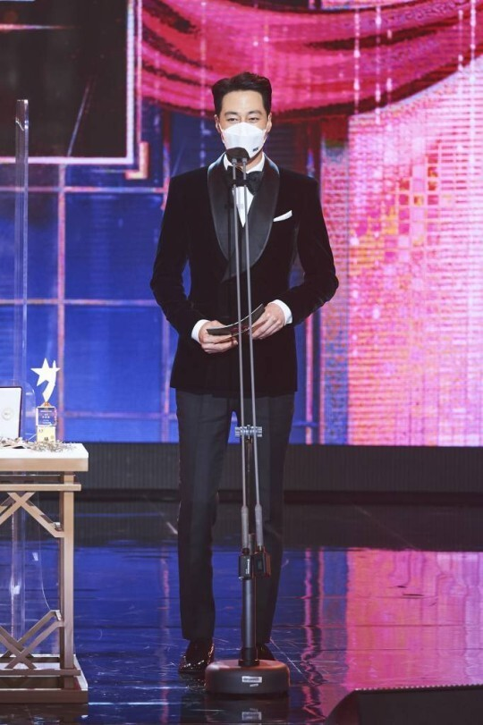 조인성에 환호했다가 설민석에 당황…냉·온탕 오간 MBC '연예대상'