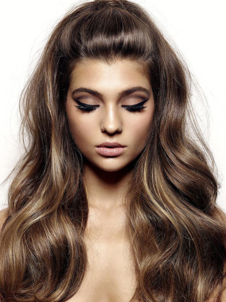 Мягкий коричневый цвет волос
