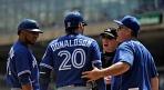 """도널드슨, MLB 비난 """"타자들을 지켜달라"""""""
