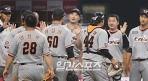 '51안타-36득점' 한화, 화끈한 방망이로 만든 4연승