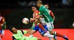 '치차리토 골' 멕시코, 코스타리카 2-0으로 제압