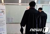"""새학기 캠퍼스 극과극..신입생 """"설렘"""" 재학생 """"막막"""""""