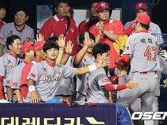 원투 펀치+박희수, SK 탄력 받는 4위 수성