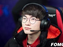 [롤챔스] SKT, 롱주에 역전승 거두고 공동 1위 복귀