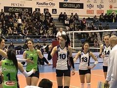해결사 김연경 28점 활약, 페네르바체 리그 9연승