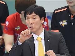 """신영철 감독 """"5세트 막판 볼 배분에 문제"""""""