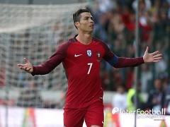 '호날두 71호골' 포르투갈, 스웨덴에 2-3 역전패