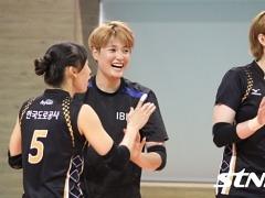 태국행 앞둔 한국 女배구 올스타팀 훈련 돌입