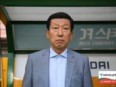 """무승부 아쉬운 최강희 감독, """"축구 참 어렵다"""""""