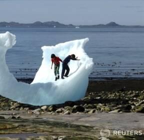 """[올해의 사진 - 환경] 그린란드, """"얼음이 자꾸 녹고 있어요!"""""""