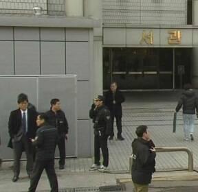 박 전 대통령, 오전 10시 쯤 법원 도착..삼엄한 경비