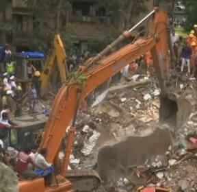 인도서 건물 붕괴로 7명 사망..프랑스 남부 산불로 주민 수백 명 대피