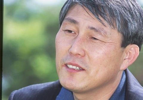 조훈현 9단, 서봉수 9단 꺾고 전패 모면