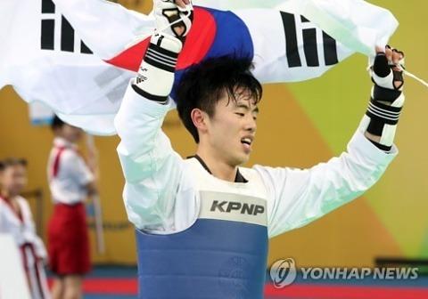 '무명 파이터' 정윤조, 58kg 깜짝 금메달