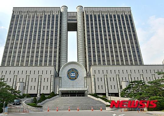 '수사무마 이동찬 뇌물' 경찰간부 1심 징역 5년