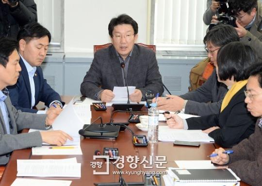 [박근혜·최순실 게이트]'각본'에만 익숙한 박 대통령 '자칫 말실수' 역효과 우려했나