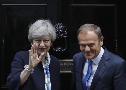 """EU """"이혼합의금부터"""" vs 英 """"FTA돼야 돈 내겠다"""""""