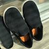 아들의 신발을..