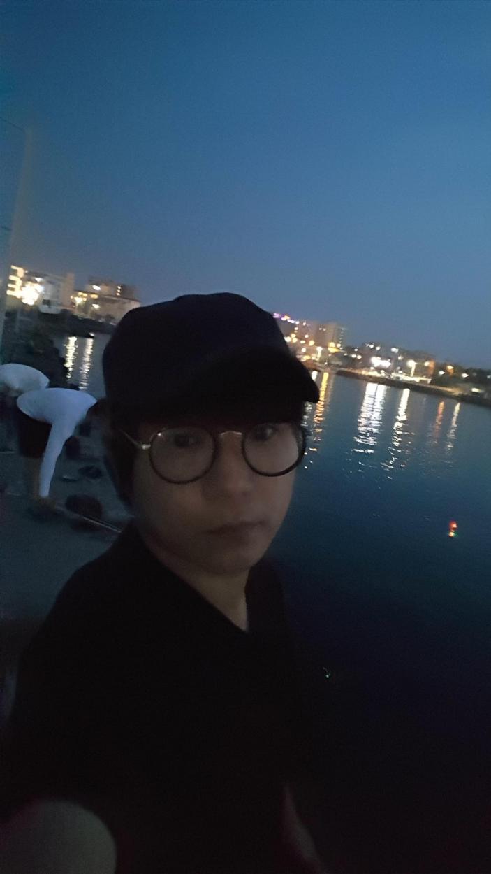 제주도 함덕 정주항에서 안잡혀 신촌포구로 옮겨서한 한치 낚시 - 2019년 7월 25일 -