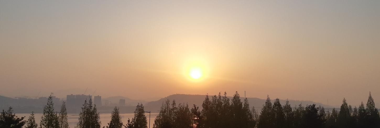 4월20일훈련ZIP-'뜨거운 햇살, 꽃가루, 신록'