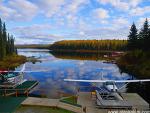 """알래스카  """"가을 호수와 경비행기"""""""