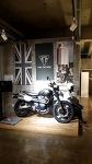 트라이엄프  바이크 triumph 영국산 종마같은 오토바이
