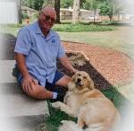 매일 우체부 아저씨 기다리는 리트리버 VIDEO:Cute Dog Waits For Mailman Every Day