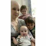 뱃속 아기 지키려, 항암치료 포기하고 한쪽 다리 절단한 엄마