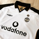 01-02 Manchester United Away Jersey (SCHOLES.18)