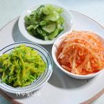 오이와 호박을 넣어.....여름비빔밥^^