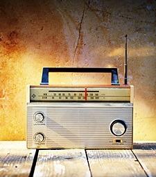 직접 만든 라디오로<br>듣는 당신의 목소리