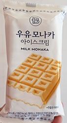 우유 모나카 아이스크림 from 파리바게뜨.