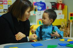 [김해 홈스쿨 취재기] 이도운 어린이 의 베이비몬테소리 & Home일상·감각 연합수업, 성장 발달 단계 에 맞춘 어린이 교구 프로그램, 창의력 발달, 감각 발달, 신체 발달, 집중력, 협응력 기르기!