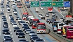 전국 교통량 첫 1% 감소…버스는 38%↓